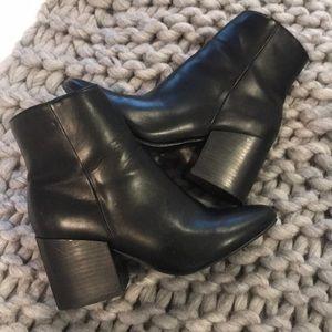 Steve Madden  block heels shoes